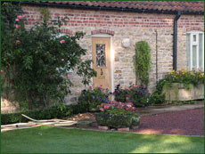 Hall Farm Garden - Old Stables Holiday Cottage to let Gainsborough